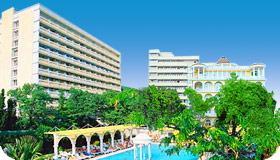 Парк Отель «Марат»